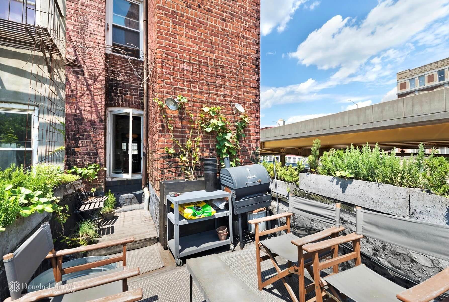 Building for sale in Brooklyn 65 Waverly Ave Clinton Hill