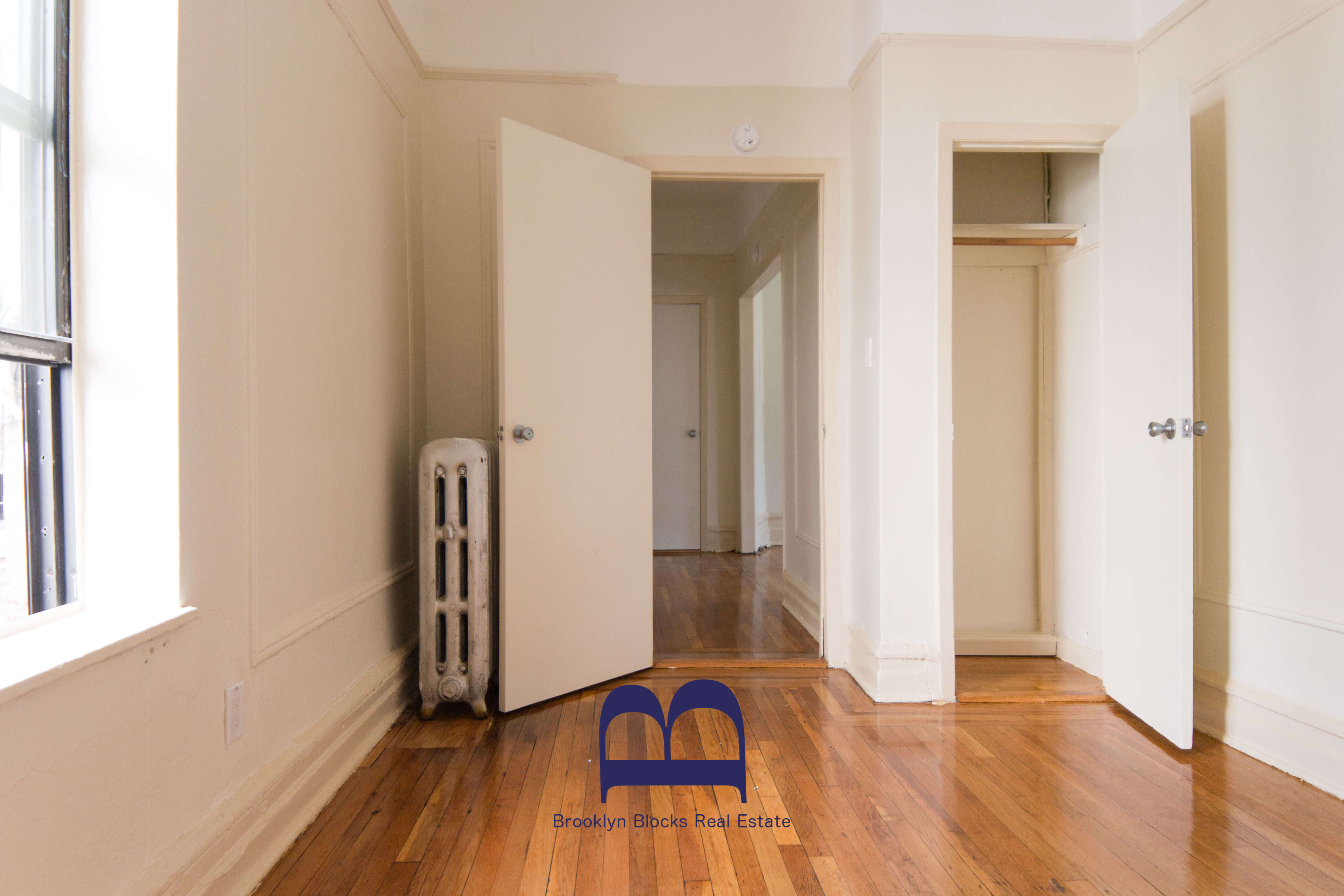 brooklyn-apartments-for-rent-crown-heights-1082-president-street-bedroom-2