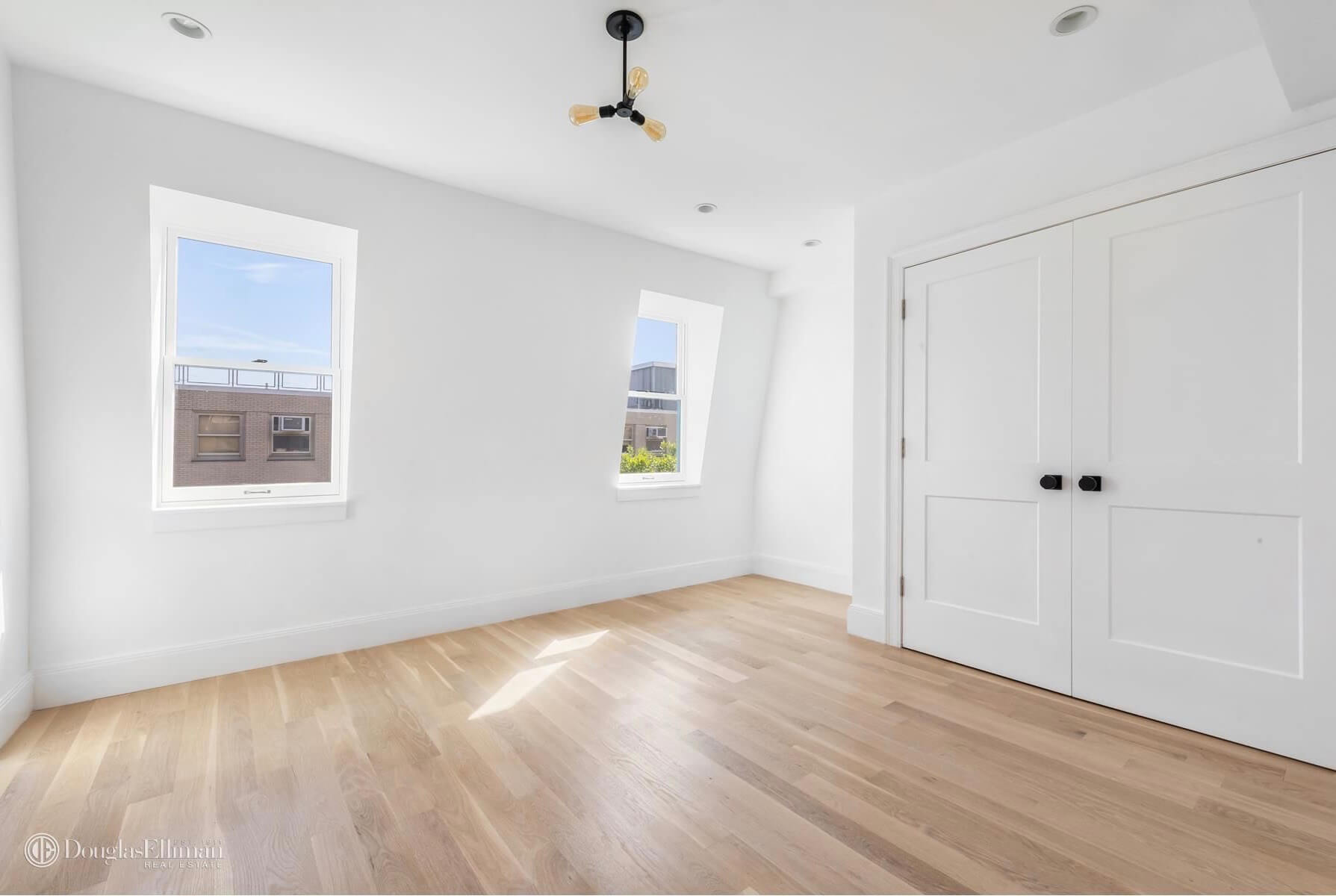 Brownstone-for-sale-in-Brooklyn-Park-Slope-59-Lincoln-Pl-14